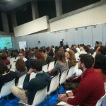 expectadores-escuchando-taller-qti-en-farmaforum